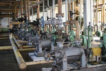 贝博网址石化公司炼油厂制蜡车间石蜡过滤机应用我厂生产的9211防静电过滤布专利产品